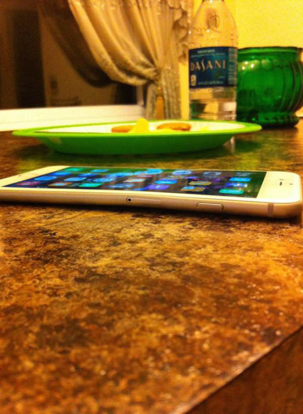 iPhone-6-bend-1