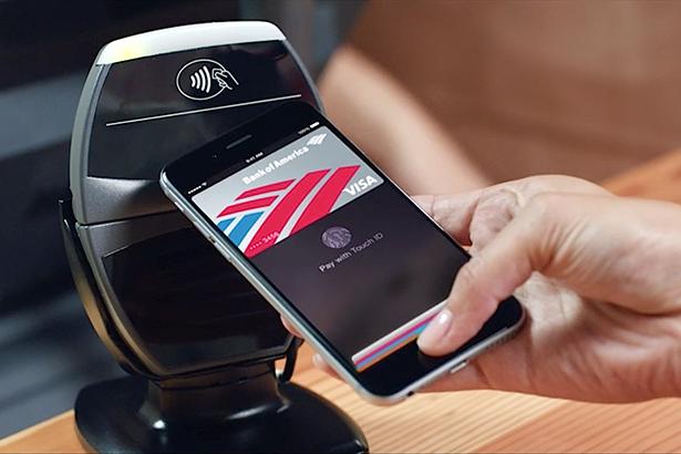 Apple начала обучать своих сотрудников работать с Apple Pay