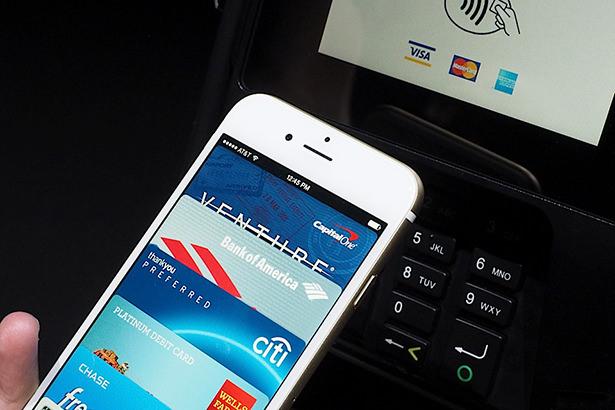 Многие продавцы не собираются внедрять технологию мобильных платежей Apple Pay
