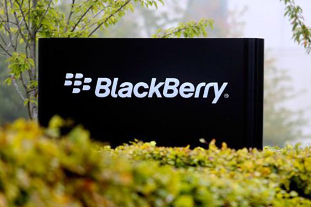 Lenovo собирается приобрести канадсткую компанию BlackBerry
