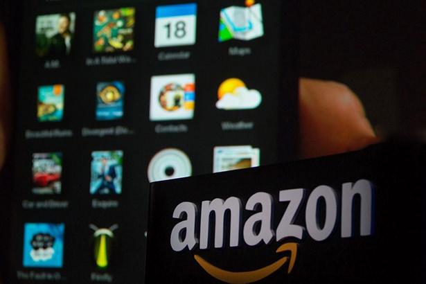 Amazon собирается выпустить второе поколение смартфона Fire Phone