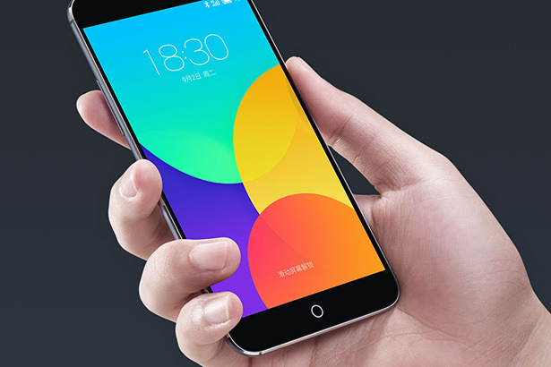 Первое шпионское фото главного конкурента iPhone 6 Plus — Meizu MX4 Pro