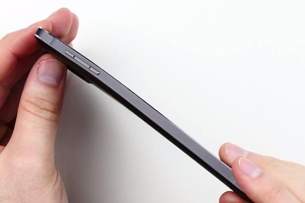Блогеры, погнувшие iPhone 6 Plus, погнули Samsung Galaxy Note 4