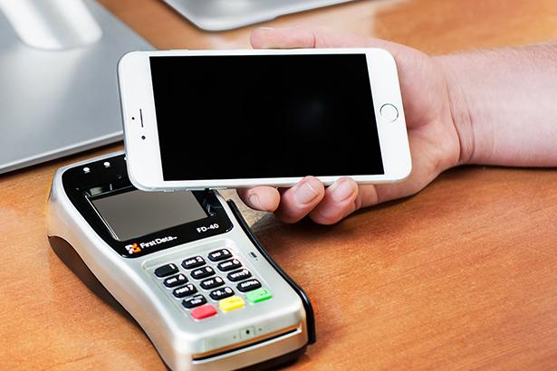 При использовании Apple Pay иногда случаются двойные платежи из-за ошибки банка