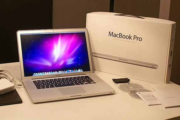Более 22 тысяч владельцев MacBook Pro подали на Apple коллективный иск в суд
