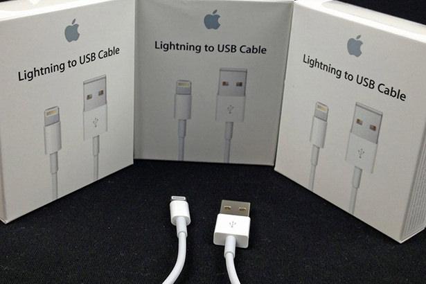 У сторонних производителей появится возможность встраивать Lightning в свою продукцию