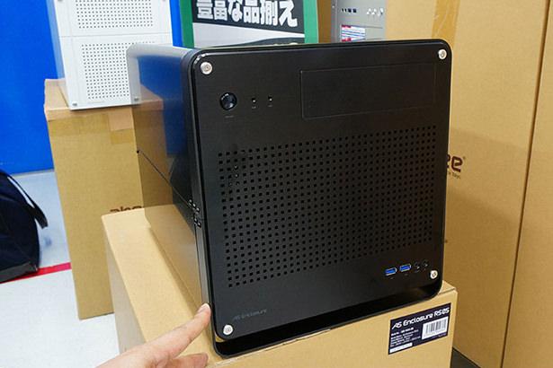Корпуса для компьютеров в форме куба набирают все большую популярность