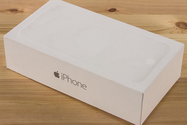 Apple удалось справиться с дефицитом iPhone 6 Plus из-за повышения цен в России
