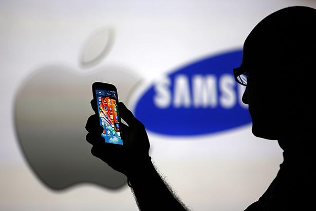 Apple и Samsung разделили звание крупнейшего производителя смартфонов