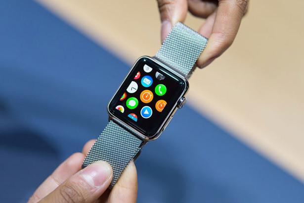 Сотрудников Apple Store начали обучать тонкостям работы с Apple Watch