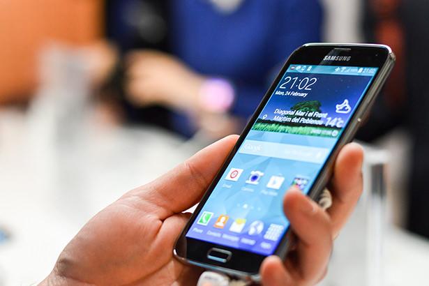 Настоящие фотографии Samsung Galaxy S6 попали в интернет