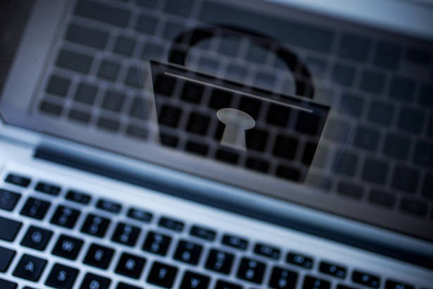 ЕС хочет начать шпионить за пользователями Viber, Skype и WhatsApp