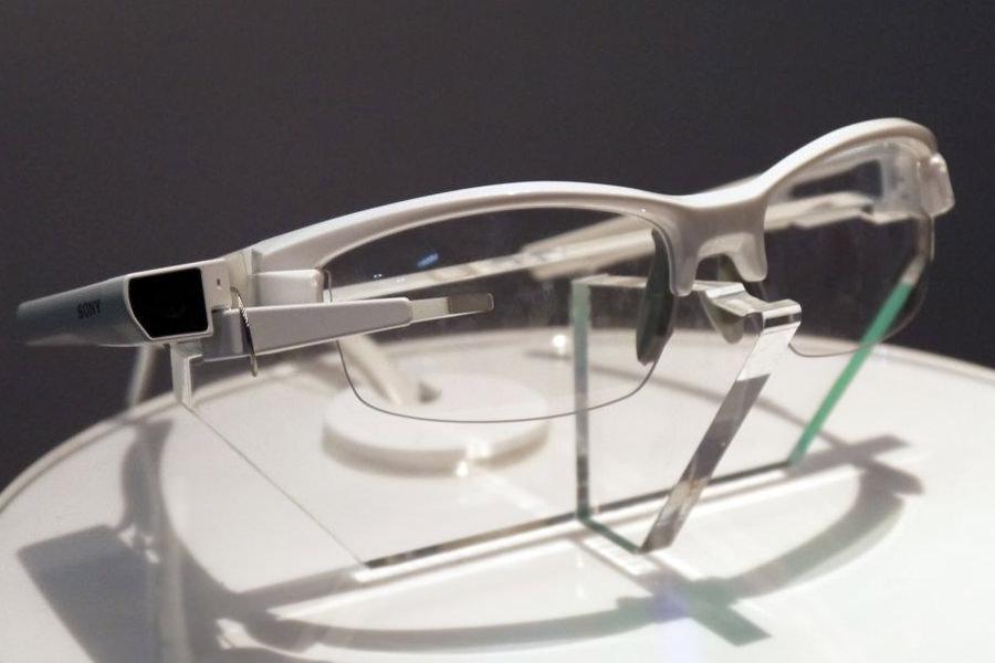 Sony объявила о старте продаж очков дополнительной реальности SmartEyeglass