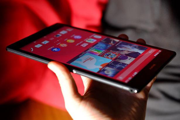 Стали известны официальные характеристики планшета Sony Xperia Z4 Tablet