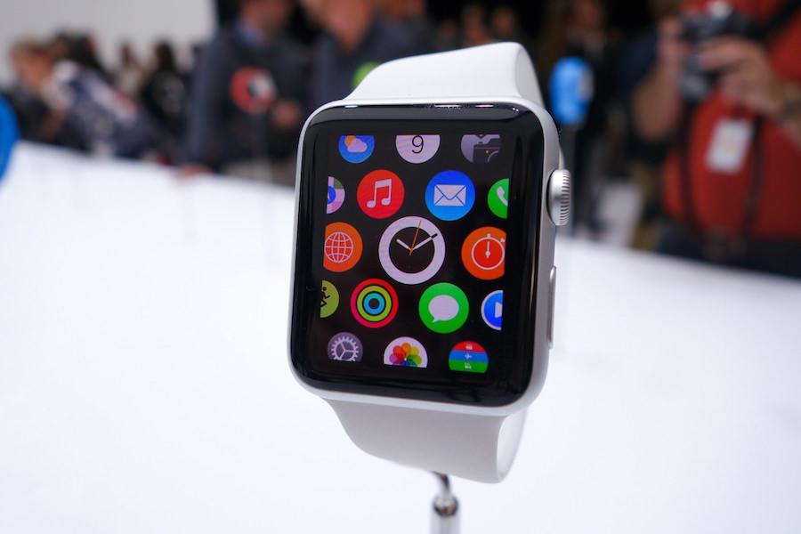 Apple поднимет стартовую стоимость смарт-часов Apple Watch на 40%