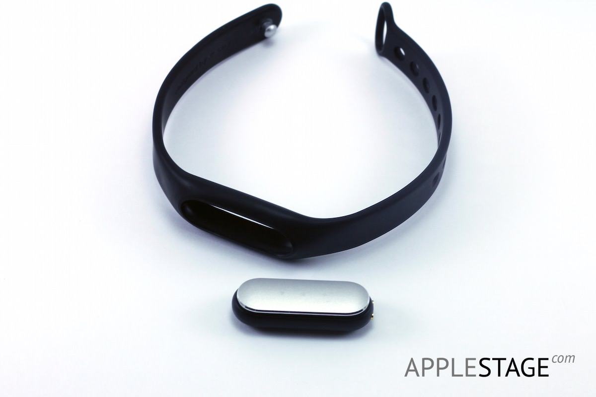 Xiaomi Mi band iPhone 6 Plus AppleStage Russia iOS 8 Apple 3
