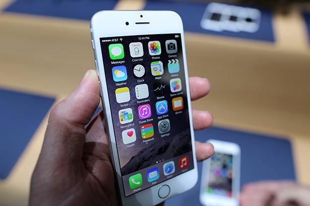 Пользователи iPhone 6 Plus потребляют в два раза больше интернет-трафика, чем владельцы iPhone 6