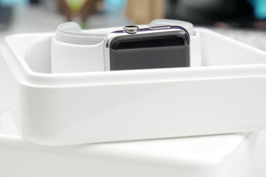 Сравнение Apple Watch и Watch Sport записали на видео