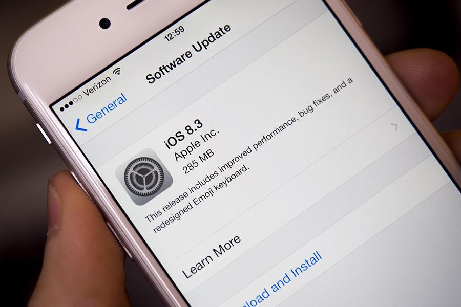 Ведется разработка джейлбрейка для iOS 8.3