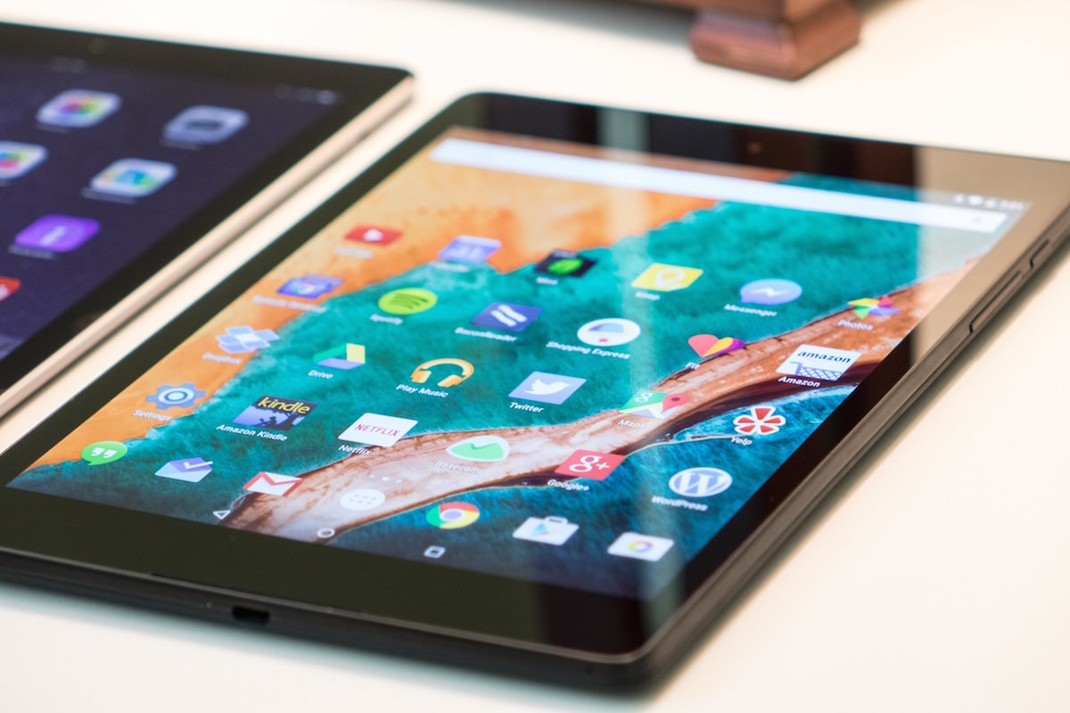 Nexus 9 iPad Air 2 Vs Review Russia 3