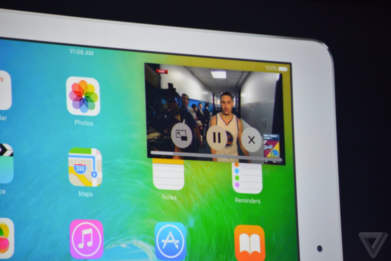 Apple многооконность iPad AIr 2