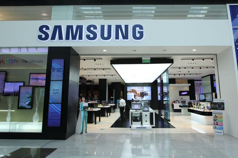 Samsung откроет более 100 новых фирменных магазинов в России
