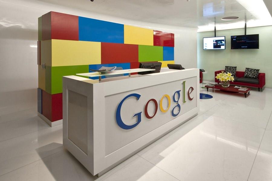 Google «облегчил» свой основной логотип