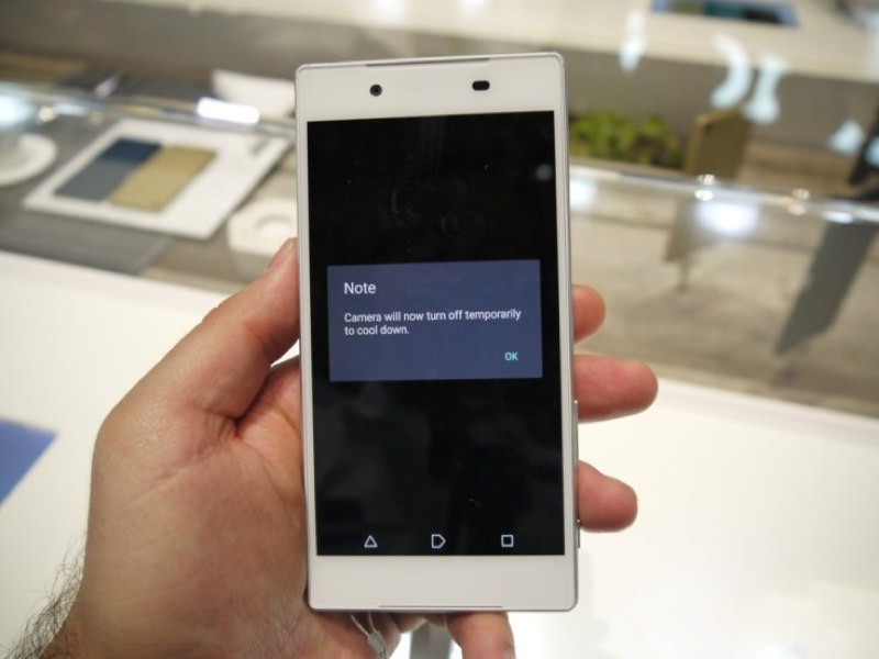 Sony Xperia Z5 3