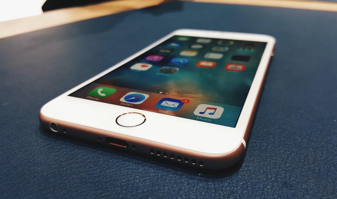 iPhone 6s Plus Apple 2