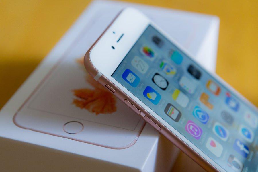 В iPhone 6s обнаружены проблемы с перегревом и гироскопом