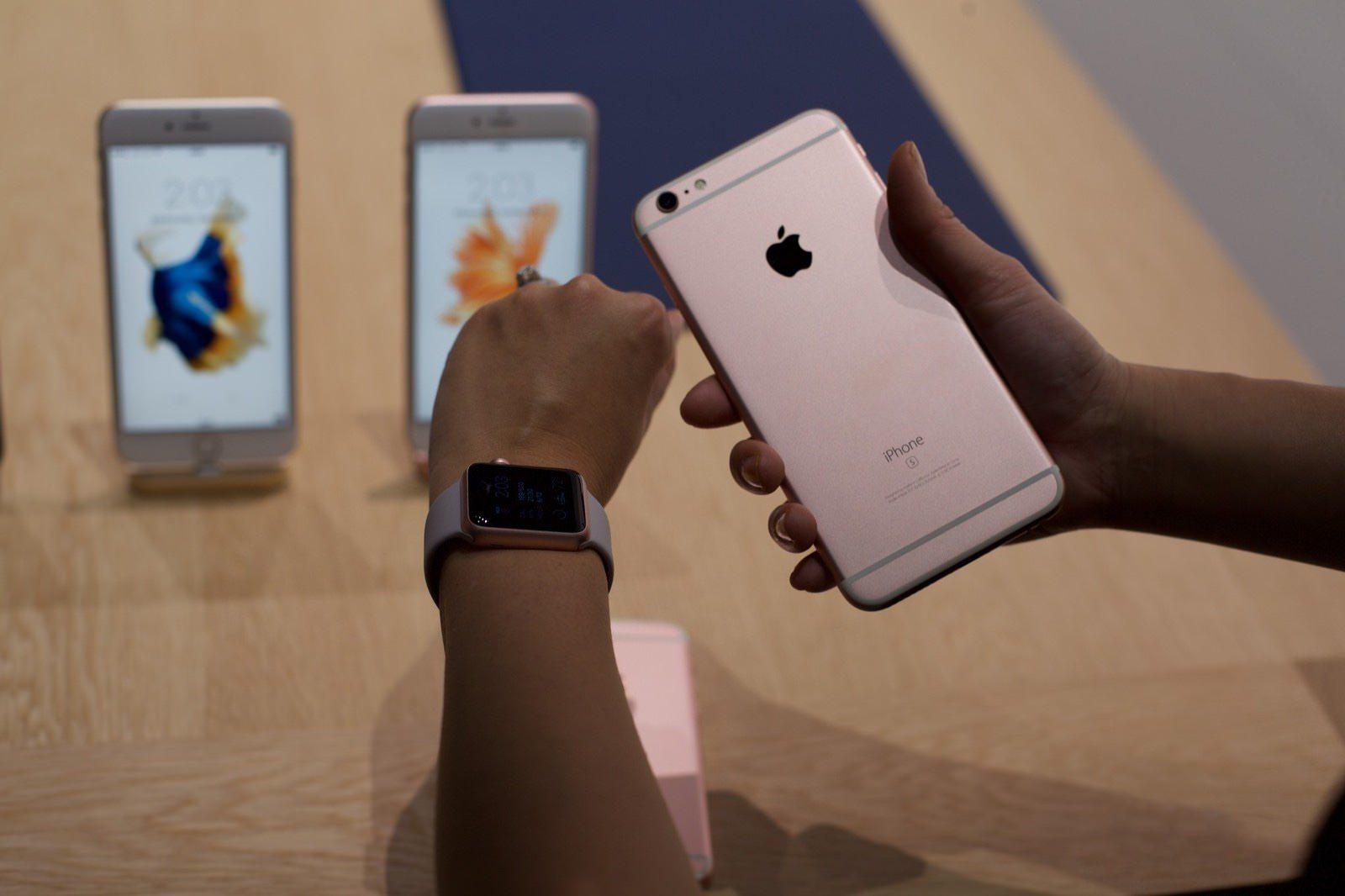 iPhone 6s iPhone 6s Pus 2 Gb оперативной памяти SSD 2