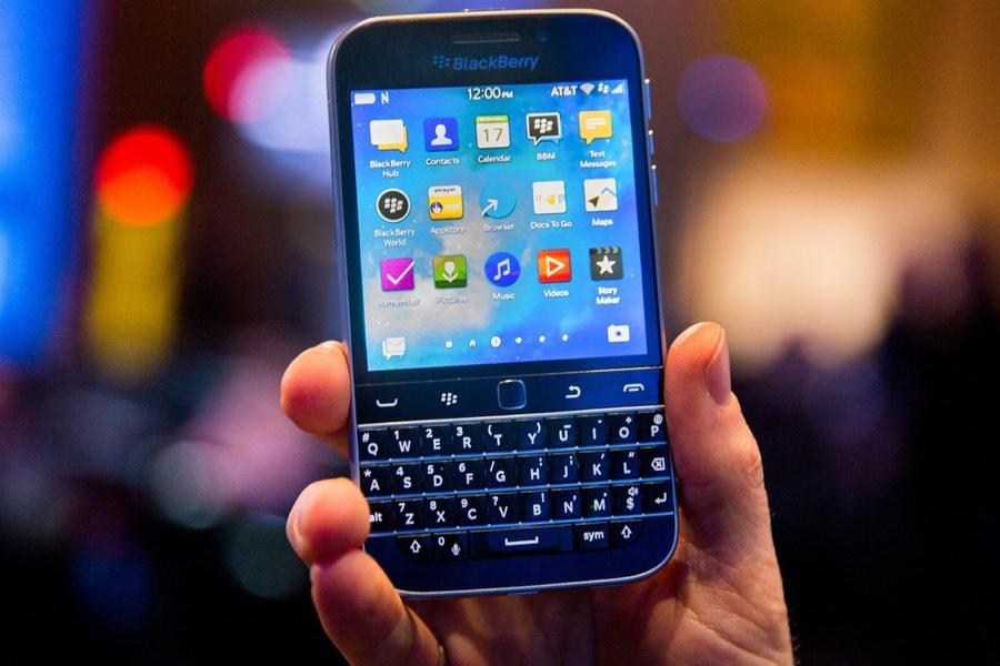 BlackBerry перестанет выпускать смартфоны в 2016 году