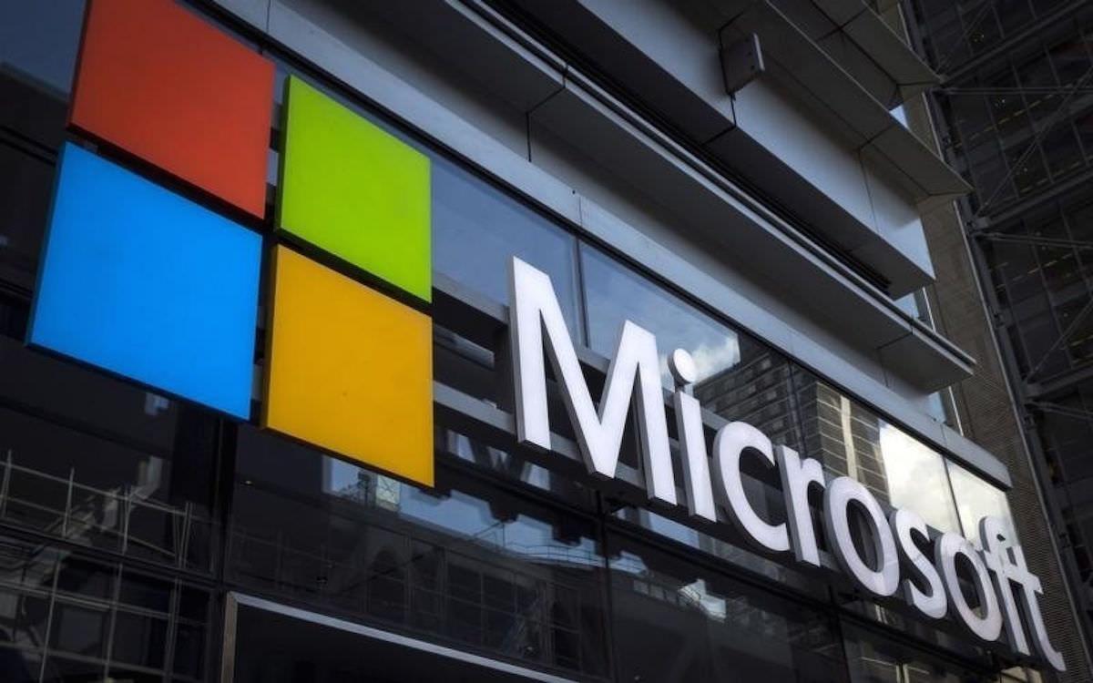 СМИ: Российские компании в Крыму в обход санкций закупили программы Microsoft