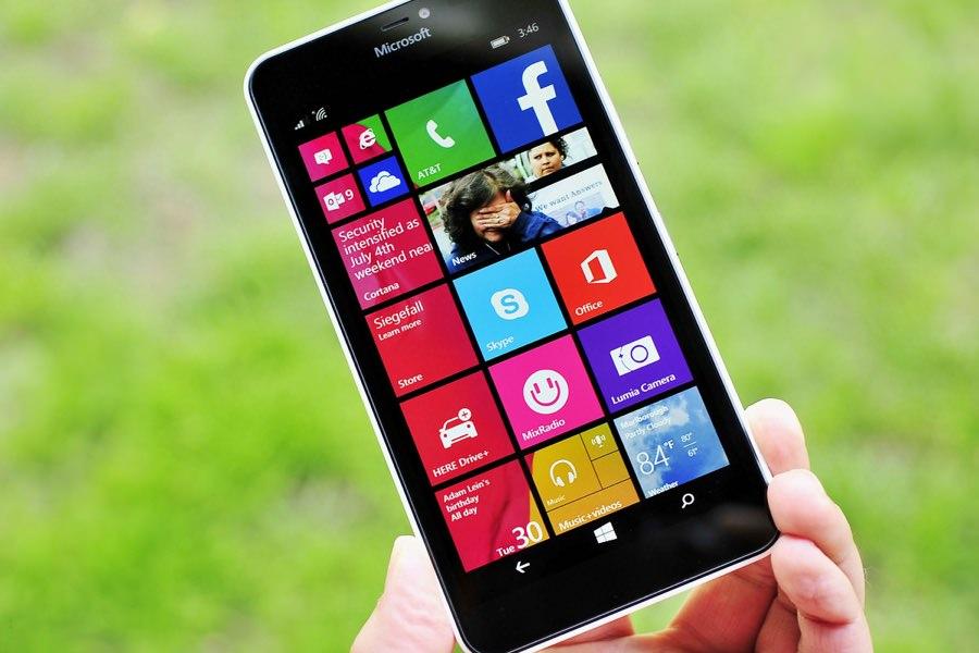 Microsoft выпустит смартфон с выбором любой операционной системы