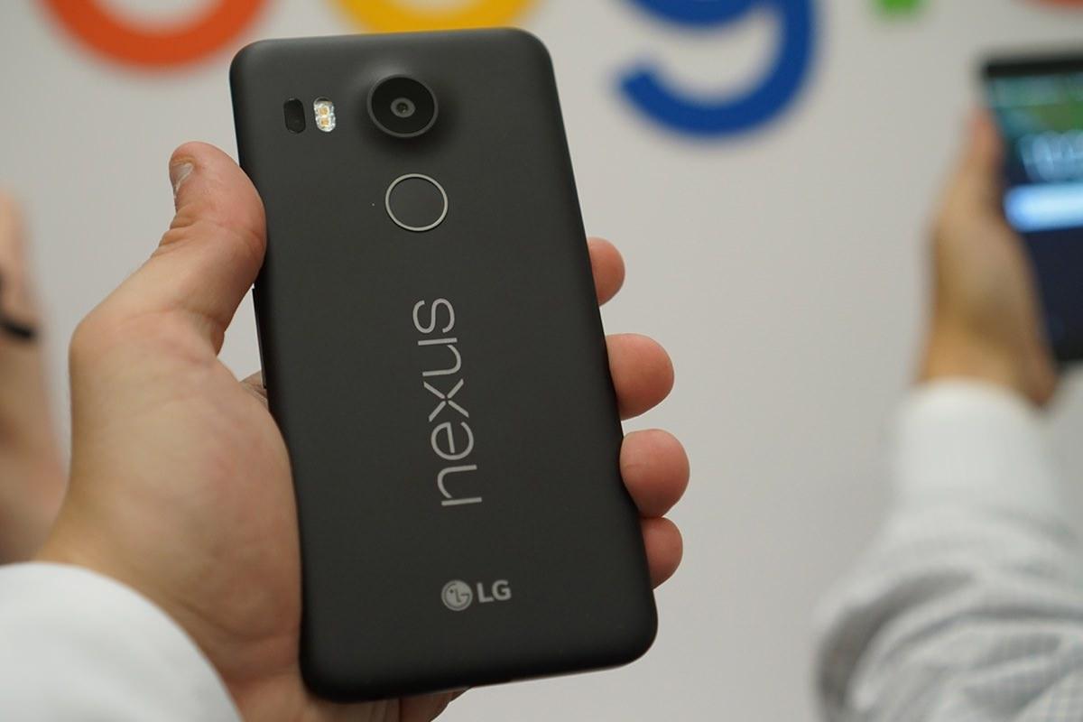 В новом смартфоне Nexus 5x обнаружены серьёзные проблемы с дисплеем