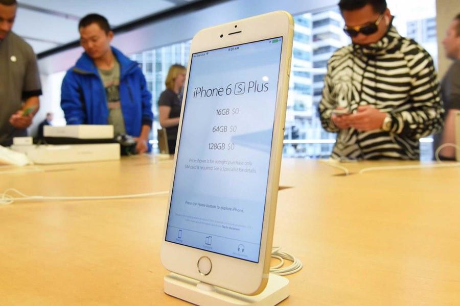 «Связной» открыл прием предзаказов на iPhone 6s и iPhone 6s Plus