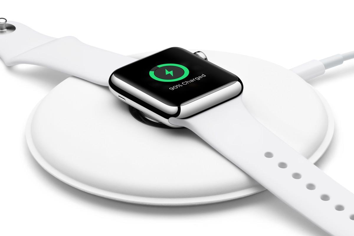 Apple начинает продажи фирменной док-станции для часов Apple Watch
