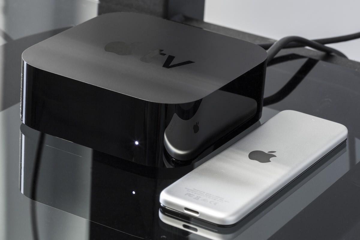 Apple готовится в производству телеприставки Apple TV 5