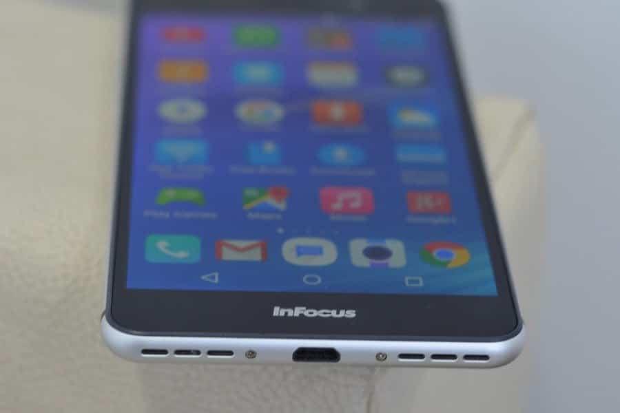 Смартфон InFocus M640 станет зарубежным клоном YotaPhone 2