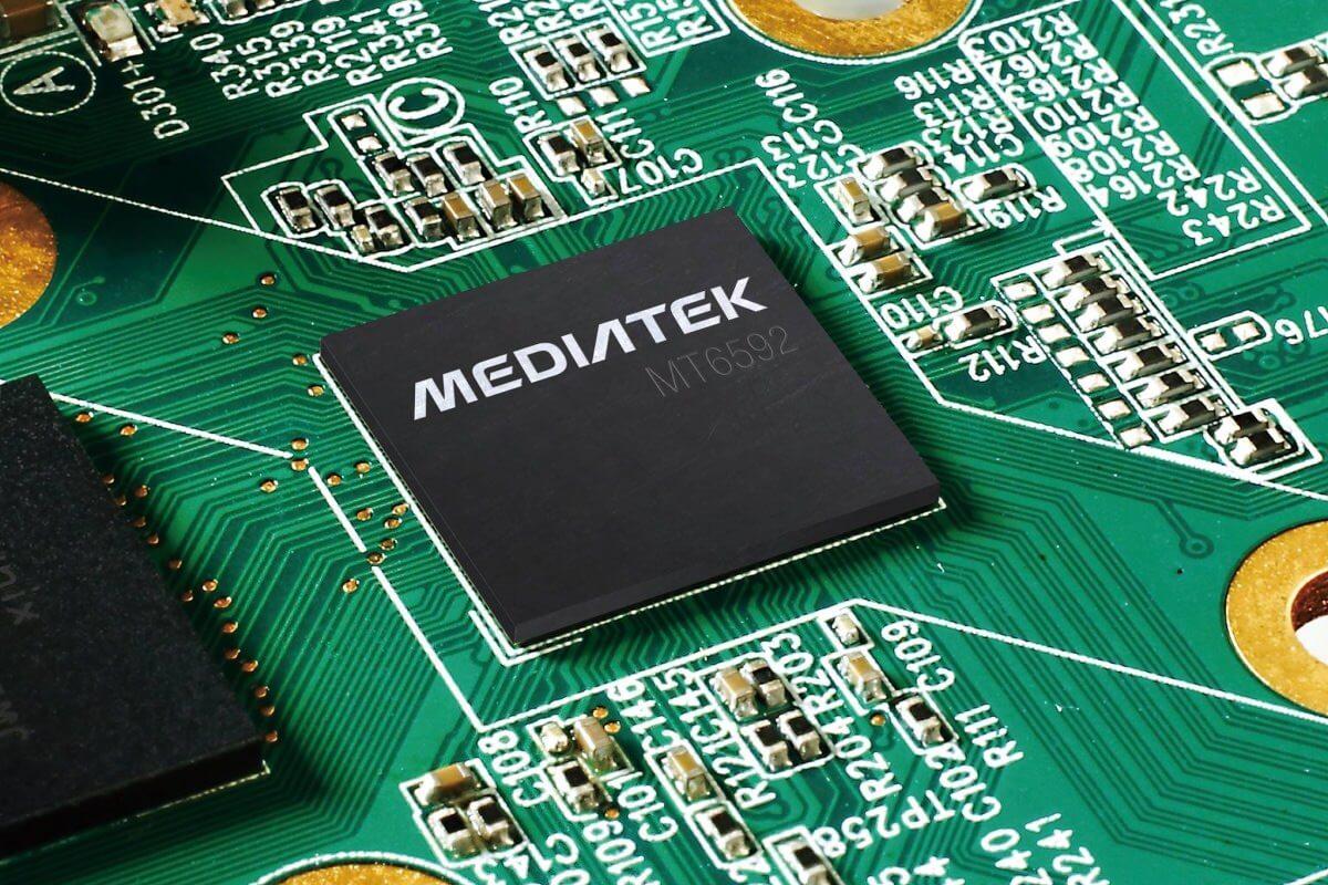 Весной текущего года MediaTek представила первый в мире 10-ядерный процессор для мобильных устройств. До сих пор о мощности чипа MediaTek Helio X20 оставалось только догадываться, однако сегодня новый процессор был замечен в одном из неизвестных СМИ устройств, а результаты его тестирования оказались шокирующими.