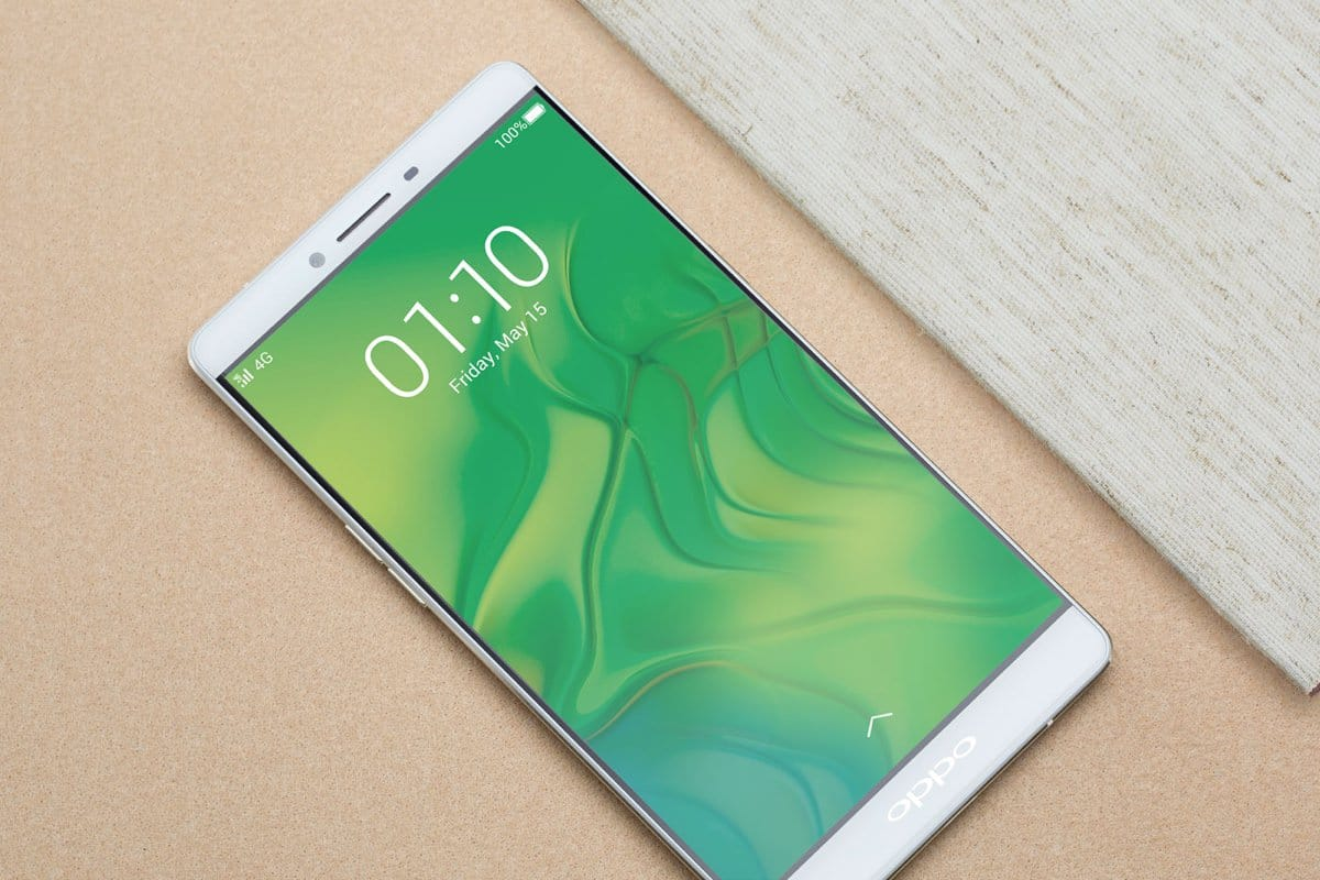 Oppo представила премиальный смартфон R7 Plus с 4 Гб оперативной памяти