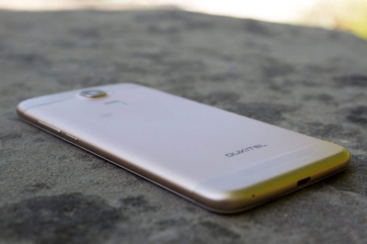 Начались продажи смартфона Oukitel K10000 с самой емкой батареей
