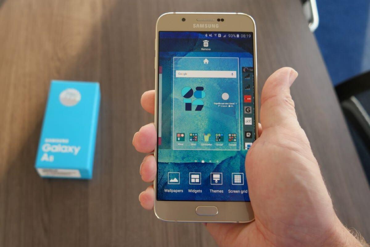 Стала известна стоимость смартфона Samsung Galaxy A9