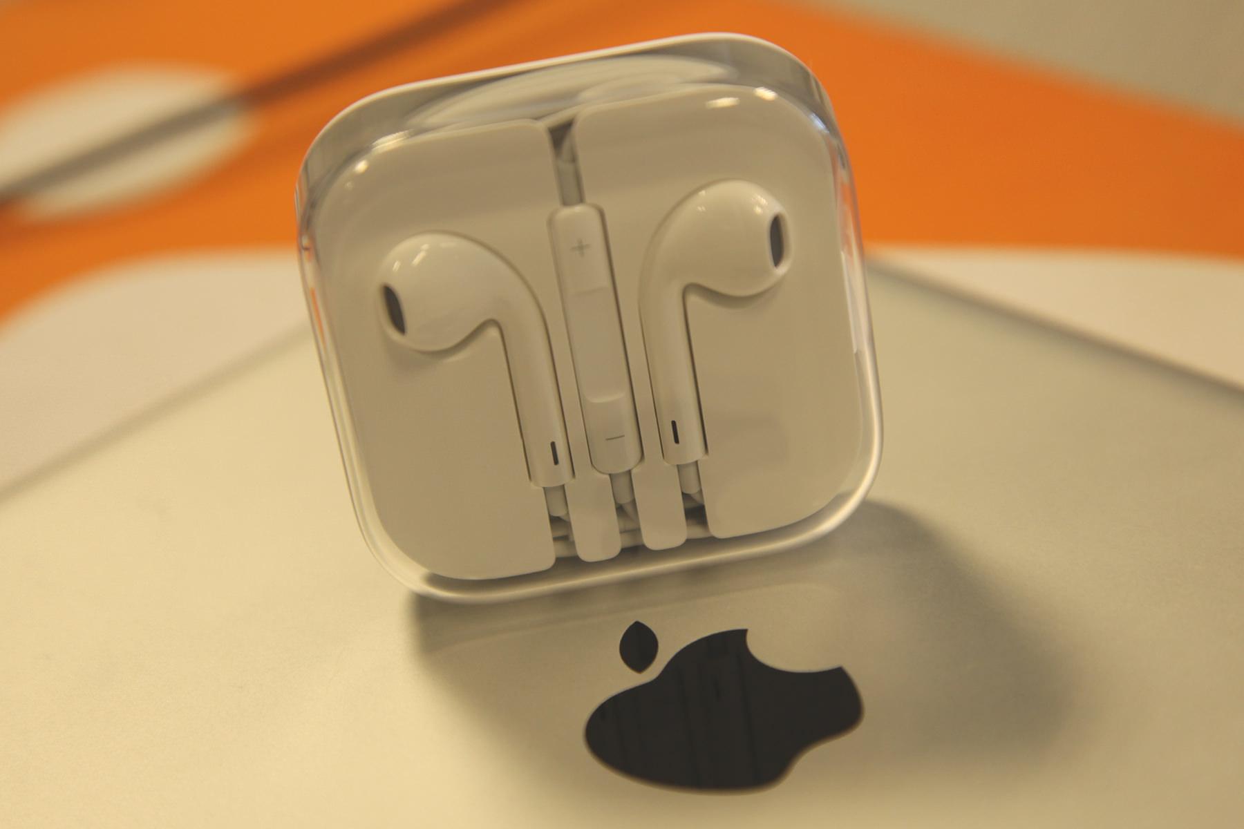 Наушники для iPhone 7 получат систему шумоподавления