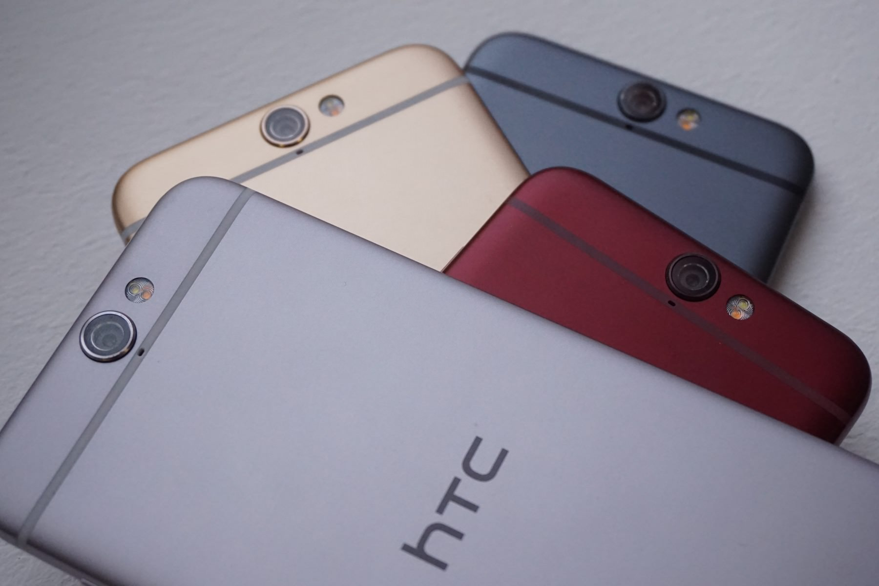 HTC One M10 1