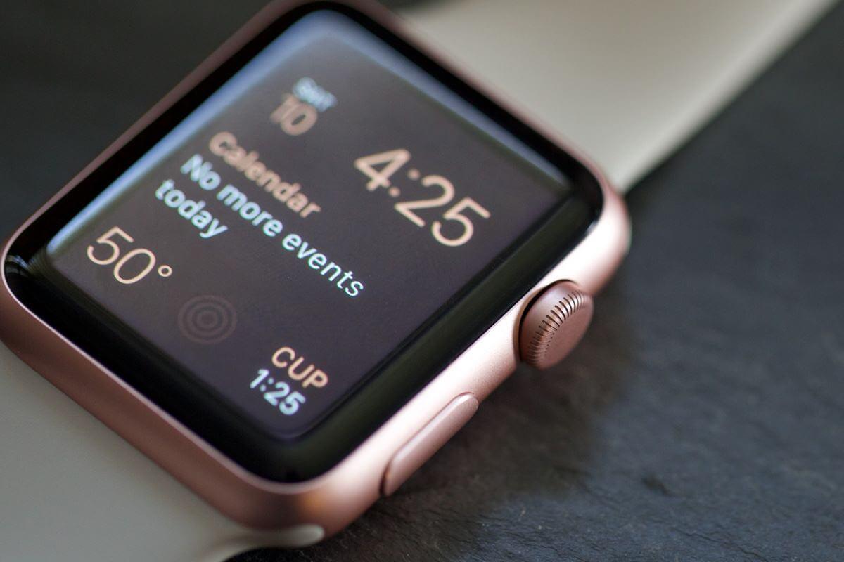Смарт-часы Apple Watch подешевели на $100