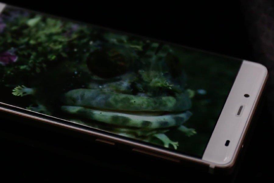 Смартфон Elephone S3 без боковых рамок показали на видео