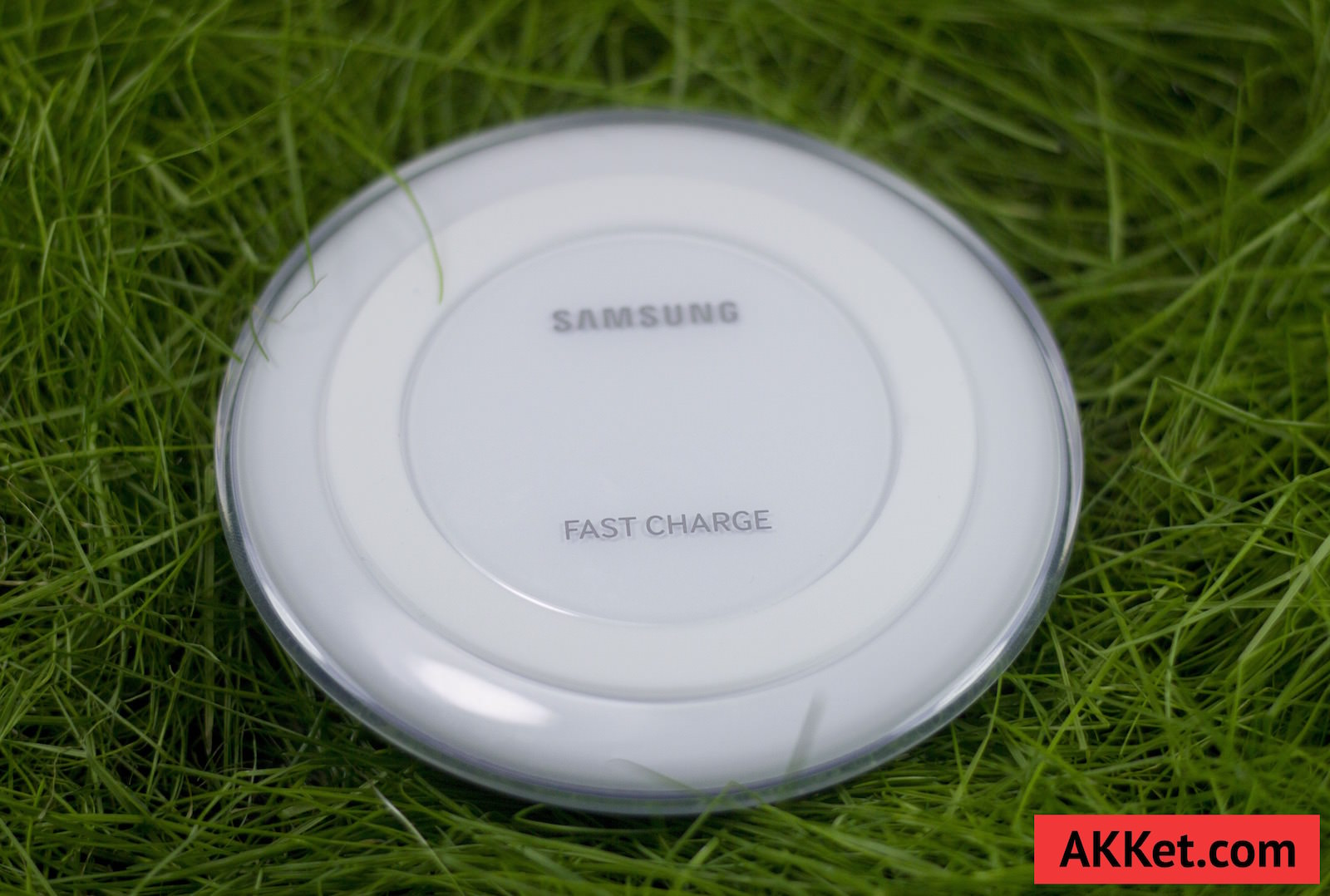 Fast Charge Wireless Charging Pad EP-PN920 5