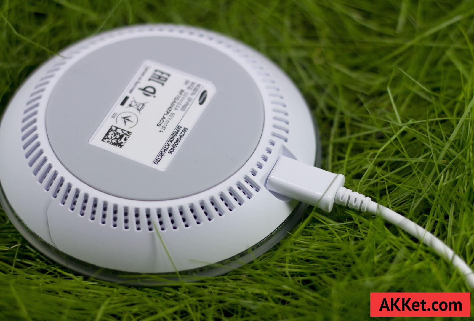 Fast Charge Wireless Charging Pad EP-PN920 9