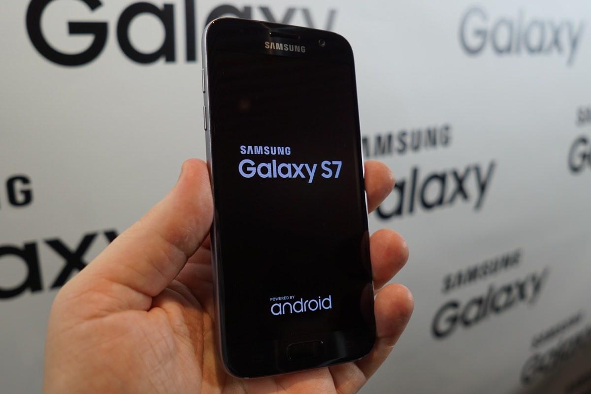 Покупатели Samsung Galaxy S7 и S7 edge у T-Mobile получат смартфоны первыми